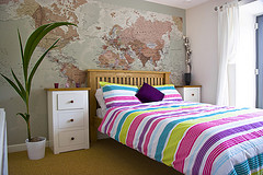 decorate your bedroom the cheapest way