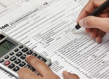 Tax Help: Benefits of Outsourcing an Accountant to Prepare Your Taxes?